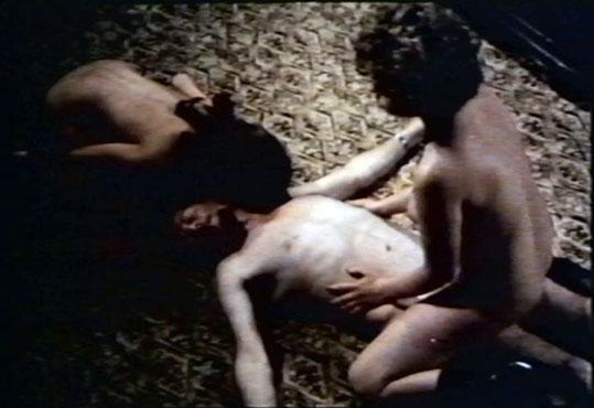 El trio con Albino Graziani, momento perturbador donde los haya.