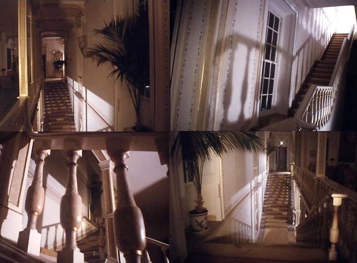 Pasillos y escaleras, los únicos espacios que vemos claramente